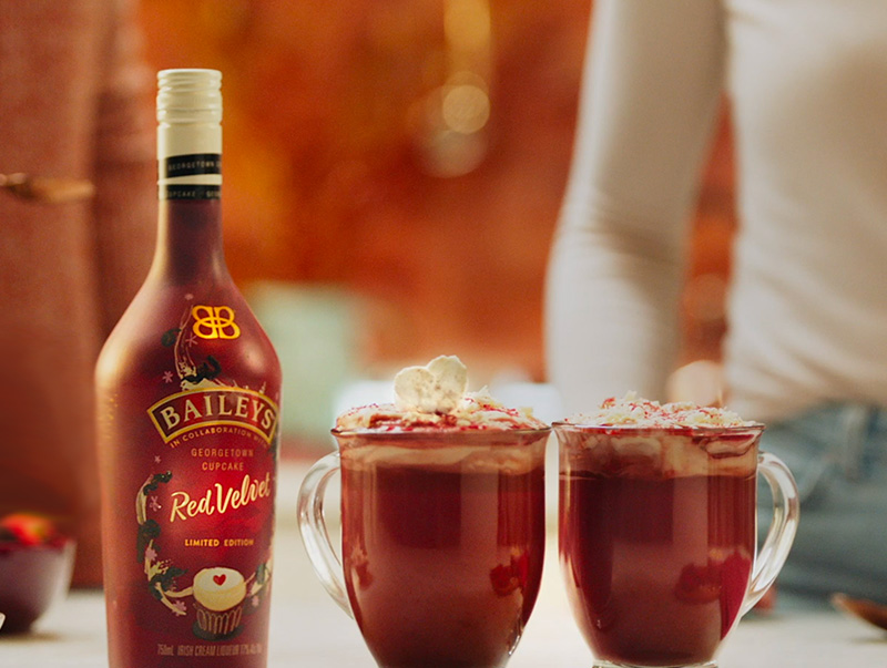 Baileys Red Velvet Hot Chocolate Recipe Baileys Us